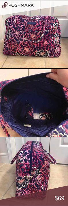 "NWT Vera Bradley weekender Katalina pink NWT Vera Bradley weekender. Dimensions 18 ½"" w x 12 ½"" h x 7 ½"" d with 6 ½"" strap drop; 48 ½"" removable, adjustable strap Vera Bradley Bags Travel Bags"