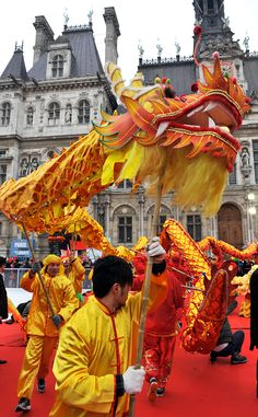 Chinese New Year in Paris from Condé Nast Traveler - Emma Lee home New Year Celebration, New Year's Eve Celebrations, Chinese Calendar, Lion Dance, Year Of The Snake, New Year Photos, Chinese Design, Lunar New, Chinese Culture
