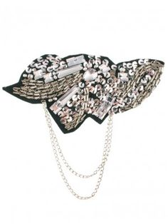 Bling Brooch $22.90