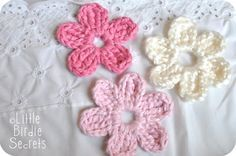 VERY easy crochet flower-I made one in a few minutes. More will follow.