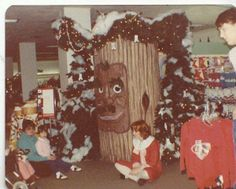 Some Lazarus Christmas photos sent in from Steve Ritchie.It's the talking tree for the Christmas Shoppe! (I sat by this tree year after year) City Of Columbus, Columbus Ohio, Christmas Photos, Vintage Christmas, Lima Ohio, The Buckeye State, Buckeye Nut, Old Shows, The Good Old Days