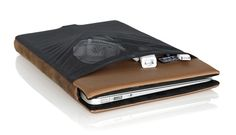 Apple Thoughts: WaterField Designs and the MacBook Air Smart Case