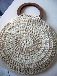 Marvelous Crochet A Shell Stitch Purse Bag Ideas. Wonderful Crochet A Shell Stitch Purse Bag Ideas. Crochet Handbags, Crochet Purses, Crochet Bags, Handmade Handbags, Handmade Bags, Love Crochet, Knit Crochet, Crochet Stitches, Crochet Patterns