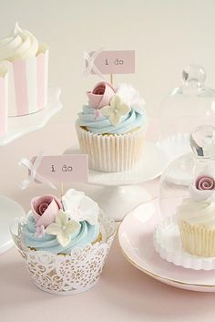 Pretty cupcakes for a pastel wedding.