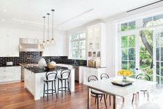Black & White Kitchen!!!