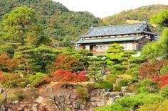 【毛利氏庭園】防府市多々良 Yamaguchi, Cabin, Mountains, Mansions, House Styles, Nature, Travel, Home Decor, Naturaleza