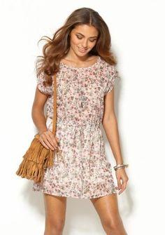 Krátke šaty s drobnou potlačou kvetov Shops, Moda Boho, Boho Dress, Boho Fashion, Casual, Outfits, Clothes, Dresses, Boho Style