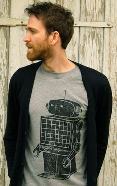 Blended cotton T-shirt adorned with a giANt roBOt. Hand printed on a sweatshop-free t-shirt.     This design started life as a linocut, the linocut pr