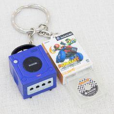 Nintendo Game Console Miniature Figure Key Chain Game Cube & Mario Cart JAPAN