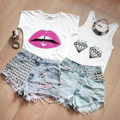 Adorable outfits. Love it for summer or a concert/festival ❤️.