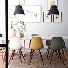 Design-Klassiker von Vitra und Hay im Esszimmer