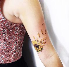 Sweet Tattoos, Up Tattoos, Friend Tattoos, Rose Tattoos, Body Art Tattoos, Hand Tattoos, Small Tattoos, Tattoos For Women, Sunflower Tattoos