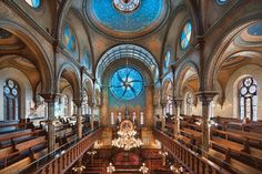 Eldridge Street Synagogue  The Lower East Side's Jewish community has had a gorgeous place of worship at the Eldridge Street Synagogue since 1887. The sanctuary's neo-Moorish designs were recently restored, and new stained-glass windows by artist Kiki Smith and architect Deborah Gans were added. The synagogue museum's deputy director will lead two talks on Sunday, providing a behind-the-scenes look.