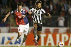 Rodrigo Pimpão coloca o Botafogo na liderança da Segundona