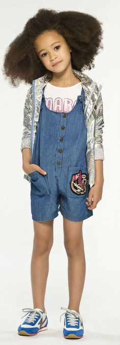 LITTLE MARC JACOBS Girls Blue Chambray Playsuit for Spring Summer 2018. Looks perfect a  LITTLE MARC JACOBS Girls Logo T-Shirt, Metallic Sweatshirt & Sneakers. Perfect Mini Me Look Inspired by the Marco Jacobs Women's Collection. Cute Summer Look for a little princess at the beach or on vacation.   Shop at Childrensalon (affiliate) #marcjacobs #kidsfashion #fashionkids #girlsdresses #childrensclothing #girlsclothes #girlsclothing #girlsfashion #cute  #minime #mommyandme