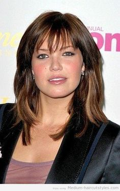 medium-hairstyles-for-round-faces-510x784