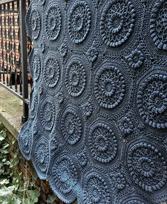 Oh my word! this is amazingly gorgeous. Looks like a quilted coverlet. Ravelry: Versailles Matelassé Afghan pattern by Priscilla Hewitt