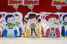 Forminha Toy Story - Personagens                                                                                                                                                                                 Mais