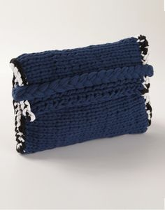 Bag It up Clutch - wool and the gang  #ALLIWOOLFORCHRISTMAS