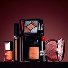 4e773fff4ec7 FALL LOOK 2018 DIOR EN DIABLE   Loaded with sultry sex appeal and a good  dose