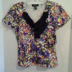 Cable & Gauge Multi Color Knit Shirt Wow!  Multi colored knit top, size small. Cable & Gauge Tops