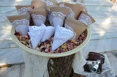 χαρτινη δαντελα - Αναζήτηση Google Wedding Day, Party Ideas, Google, Wedding, Pi Day Wedding, Marriage Anniversary, Ideas Party, Wedding Anniversary