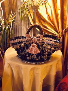 coffa siciliana sicilian basket Boho Chic, Moda Boho, Summer Chic, Hobby, Aesthetic Vintage, Easy Crochet, Fashion Boutique, Lana, Straw Bag