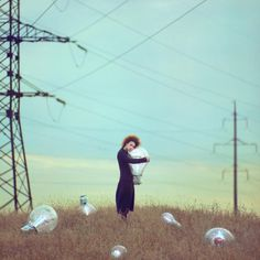 Poésie et Surréalisme – Les nouvelles photos argentiques d'Oleg Oprisco (image)