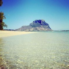 """View of """"Le Morne"""" from Ile Aux Benitiers 