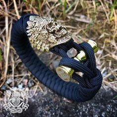 The Snarling Wolf paracord bracelet – Kruger EDC Paracord Bracelets, Bracelets For Men, Greenies Dog Treats, Snarling Wolf, Paracord Accessories, Futhark Runes, Edc, Celtic, Weaving