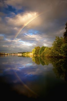 Rainbow over Willamette Falls between Oregon City and West Linn. Amazing Photos, Cool Photos, West Linn Oregon, Oregon Nature, Portland Neighborhoods, Oregon City, Lake Oswego, Oregon Travel, Alba