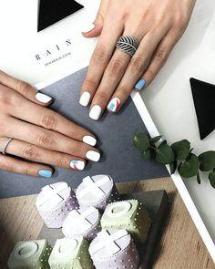 déco ongle gel minimaliste motifs géométriques #nail #decoration