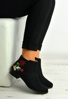 Black Ankle Boots Side Flowers Zip Shoes