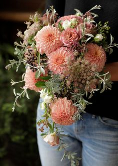 Beautiful Flower Arrangements, Beautiful Flowers, Floral Wreath, Bouquet, Wreaths, Seasons, Orange, Green, Wedding
