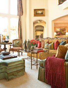 Cream walls & peaceful colors.  Interiors   Gary Riggs Home