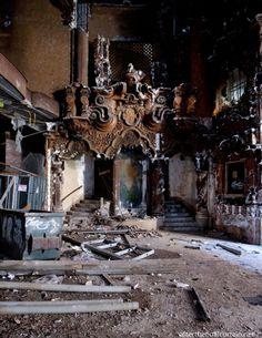 Bajó el telón-Teatro abandonado en Flushing, Queens