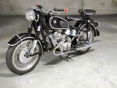 BMW R50/2   1967 Bike Bmw, Moto Bike, Cafe Racer Motorcycle, Motorcycle Garage, Motorcycle Art, Cool Motorcycles, Motorcycle Outfit, Vintage Motorcycles, Bmw Vintage