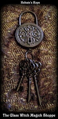 Keys & Locks: Hecate's #lock and #keys.