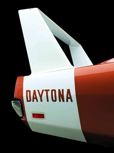 The strangely-beautiful rear wing from the Dodge Charger Daytona. Dodge Dart, Dodge Trucks, Dodge Cummins, Dodge Challenger, Us Cars, Sport Cars, Le Mans, Muscle Cars, 1969 Dodge Charger Daytona