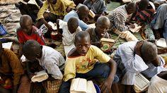 Könyvbusz-projekt Zambiában