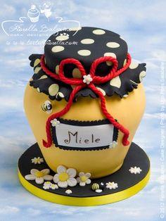 honeypot cake
