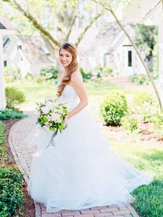 Spring North Carolina Wedding by Ryan Ray - Southern Weddings