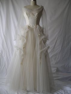 Wedding Dress of Satin and Tulle a Vision in Ruffles and Satin Bows Antique Wedding Dresses, Vintage Dresses, Vintage Outfits, Vintage Fashion, Vintage Weddings, Bridal Gowns, Wedding Gowns, 1940s Wedding, Vintage Bridal