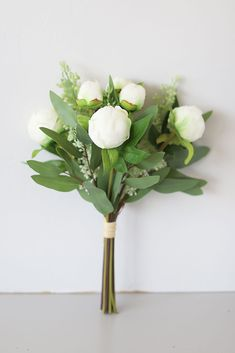 Cream Soft Touch Peony Bud & Eucalyptus Bouquet - Tall x Wide . Silk Flower Bouquets, Diy Bouquet, Flower Bouquet Wedding, Floral Wedding, Bridal Bouquets, Faux Flowers, Silk Flowers, Diy Your Wedding, Eucalyptus Bouquet
