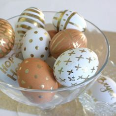 Golden Easter Eggs with Gold Pen. Easy decorations for any Easter egg. So pretty even on brown eggs.