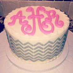 Monogram birthday cake with chevron sides Pretty Cakes, Cute Cakes, 13 Birthday Cake, 20th Birthday, Chevron Cakes, Cake Writing, Monogram Cake, Creative Desserts, Let Them Eat Cake