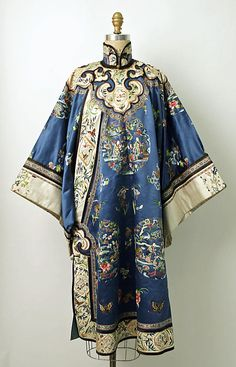 Late 19th century Chinese Women's Robe. The Met NY -  Silk, metal  Credit Line: Gift of Mrs. Mabel B. Kies, 1967 // Accession Number: C.I.67.30.2