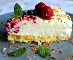 Baileys Cookies and Cream Parfait Parfait Recipes, Yogurt Recipes, Cookie Desserts, No Bake Desserts, Lime Cheesecake, Swedish Recipes, Dessert Drinks, Eat Dessert First, Cake Cookies