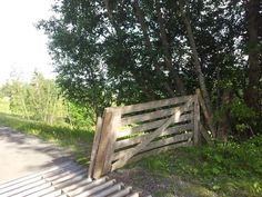 A fence Outdoor Furniture, Outdoor Decor, Fence, Park, Wood, Pictures, Home Decor, Photos, Decoration Home