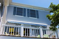 Retractable awnings by Bill's Canvas Shop